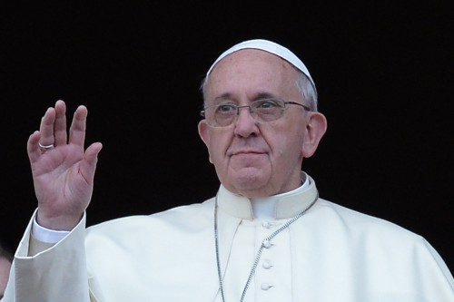 le-pape-francois-sur-le-balcon-de-la-basilique-saint-pierre-le-11061206ihbmq.jpg