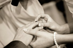 wedding-322034__180.jpg