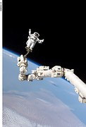 astronaut-602769__180.jpg