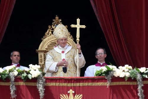 Holy+Mass+Day+Urbi+Et+Orbi+Message+Blessing+DbdbPpMlQYOl.jpg