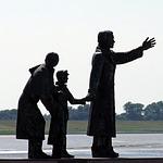 sculpture-171686_150.jpg