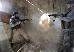 2013-06-14T055010Z_1_APAE95D0G7O00_RTROPTP_3_OFRTP-USA-SYRIE-ARMES-20130614.JPG