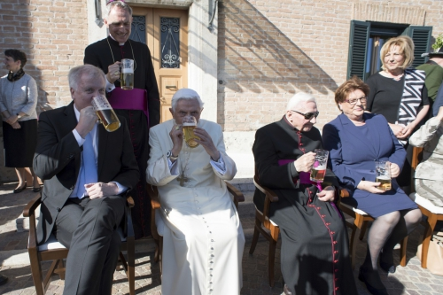Vatican_Benedict_90th_Birthday_97842.jpg-05b0f.jpg